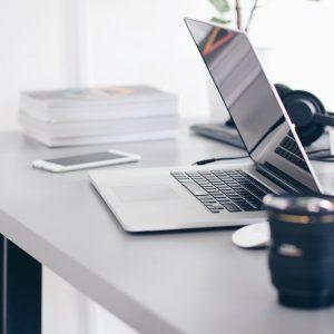 Dicas para organizar o escritório e otimizar espaço